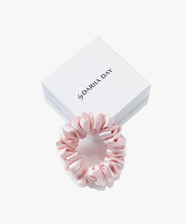 By Dariia Day Mulberry Silk Scrunchie Small - Blush Pink