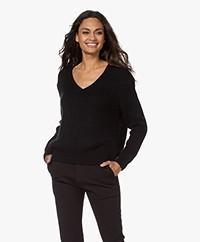Sibin/Linnebjerg Britain Mohair Blend V-neck Sweater - Black